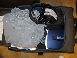 Suitcase01